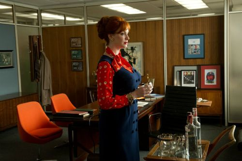 Mad-men-christina-hendricks-season-6-collaborators-amc